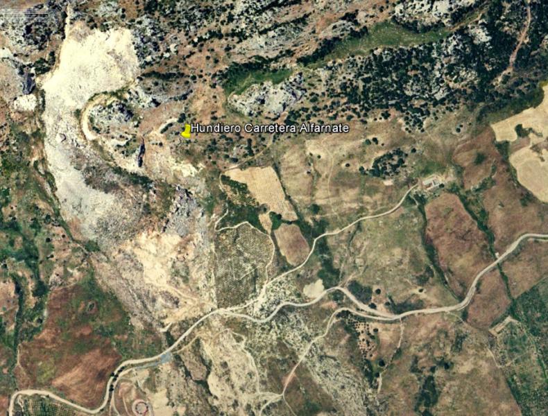 Hundimiento Alfarnate Google Earth.png